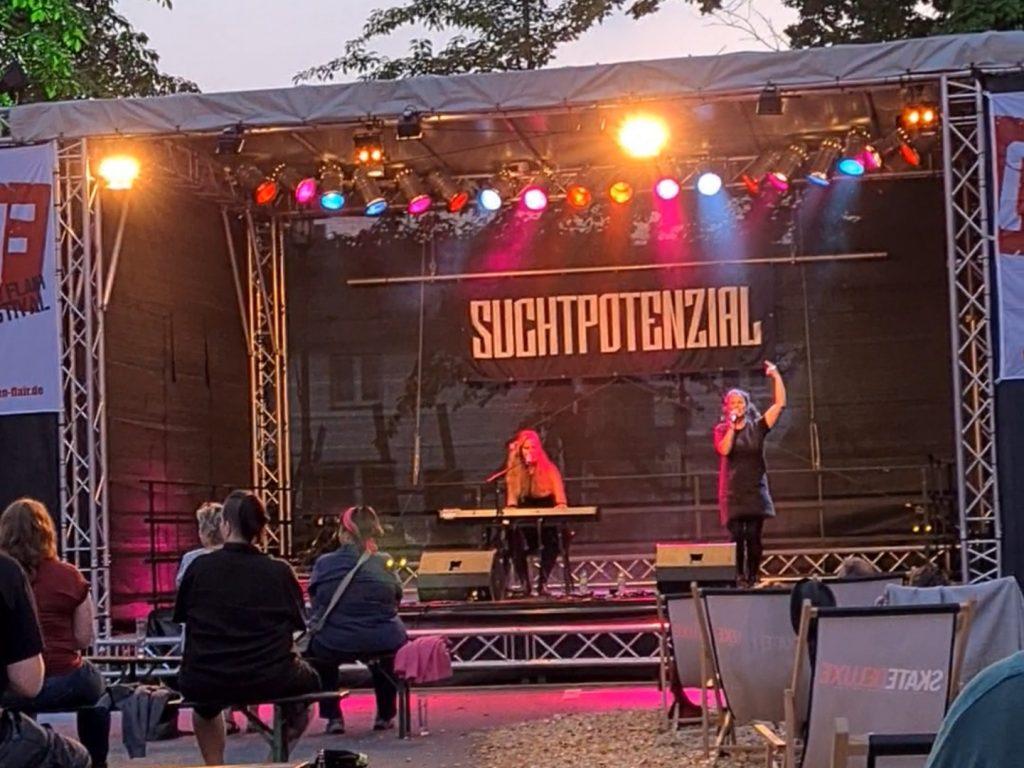 Suchtpotenzial live | sunsetmusic.de